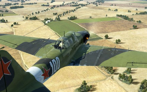 The rear gunner position is standard on the IL-2 Model 1943.