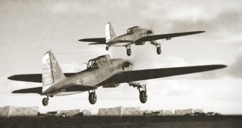 IL-2 pair of 47th ShAP begins a combat mission.