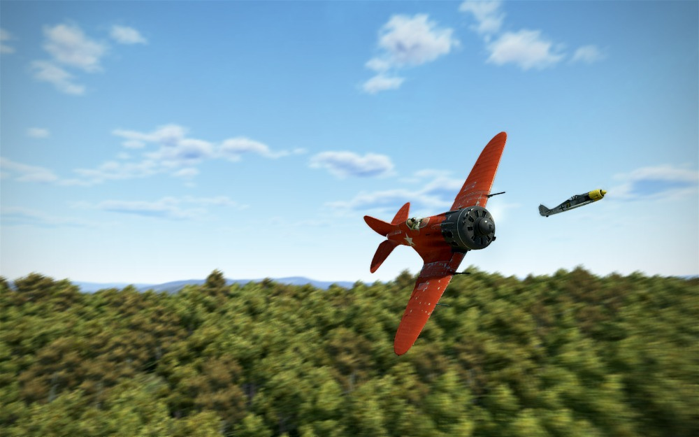 i16-red-dogfight-trees.jpg
