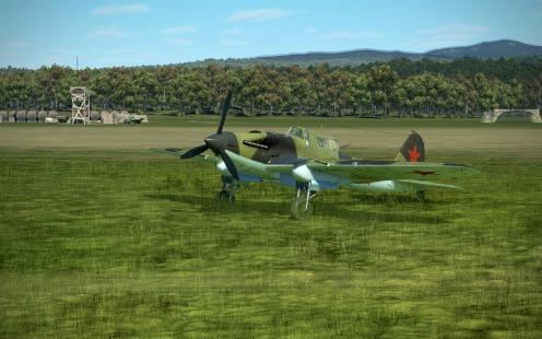 IL-2-43-parked