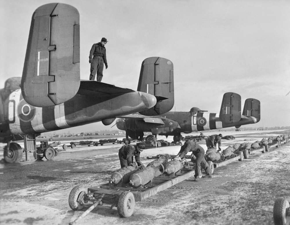 Royal_Air_Force-_2nd_Tactical_Air_Force,_1943-1945._CL1766.jpg