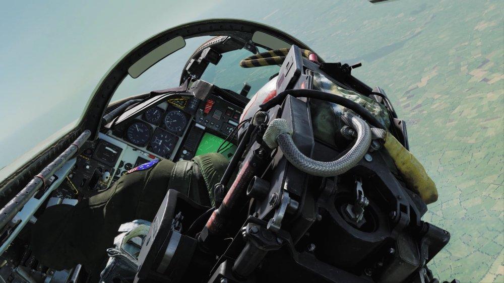 F-14-04